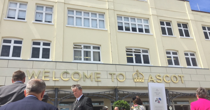 ascot welcome sign