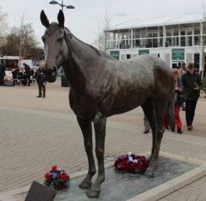 best mate statue at cheltenham racecourse