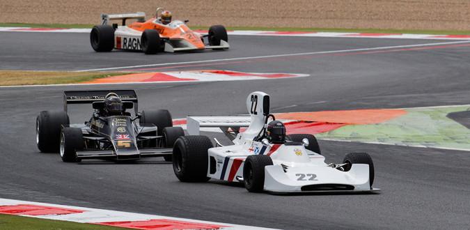 f1 vintage car race