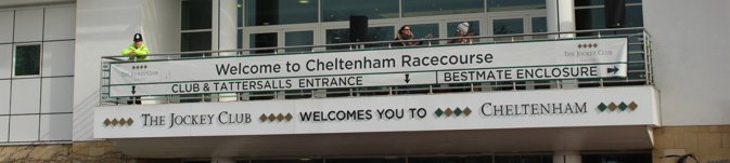 cheltenham racecourse welcome sign